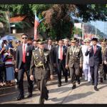Terjebak Macet Presiden RI jalan kaki sejauh 3 km Menuju Upacara HUT TNI yang ke-72