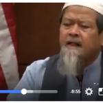 Mengharukan!!Dipersidangan AS, Ayah Muslim memaafkan dan memeluk Pembunuh Anaknya