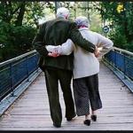 Catatan WargaNet: Suami Istri diusia Senja