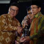 Gubernur NTB (TGB) Raih Award Sebagai Salah Satu Pemimpin Terbaik 2017