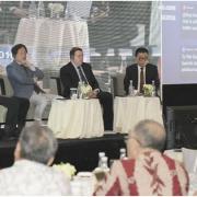 Simak, TGB Menjadi Pembicara Bersama Para Peneliti Luar Negeri Di Acara Public Sector Internal Audit International Seminar 2018